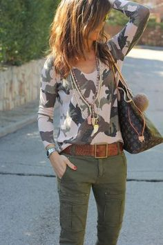30 Chic Fall / Winter Outfit Ideas - Street Style Look. Camo Fashion, Fashion Mode, Look Fashion, Winter Fashion, Fashion Outfits, Womens Fashion, Street Fashion, Mode Outfits, Fall Outfits