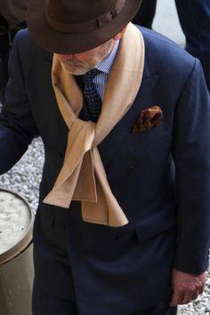 https://vestirseporlospies.es/pregunta-del-lector-como-combino-mi-sombrero/