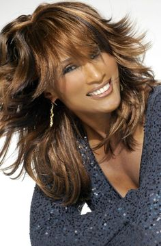 Beverly Johnson, 59 years old. Beautiful Women Over 50, Beautiful Old Woman, Black Is Beautiful, Beautiful People, Beverly Johnson, Black Hair Care, Ageless Beauty, Glamour, Aging Gracefully