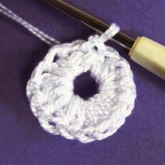 Návod na háčkované vánoční ozdoby 2 Crochet Earrings