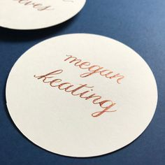 round copper and cream place cards by KarenLaneCalligraphy. Copper and Cream are the perfect way to include fall in your wedding. Adding a different shape makes them something your guests will remember!   #placecards #placecard #fallwedding #fallweddingdetails #roundplacecard #copper #copperwedding #copperplacecard #weddingdetails #weddingsignage #fallweddingtable