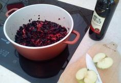 Dušené červené zelí Raspberry, Fruit, Vegetables, Red, Vegetable Recipes, Raspberries, Veggie Food, Veggies