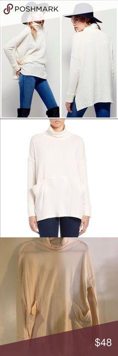 Free People Long Flight Pullover Free People Long Flight Pullover in Ivory. NWOT, never worn. Free People Tops Tees - Long Sleeve