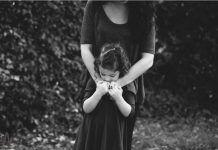 «Αυτή είναι η μαμά μου. Μέχρι που μια μέρα, ξαφνικά, άλλαξε». Μια πολύ όμορφη ιστορία