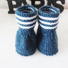 Bottes bébé à rayures en laine / chaussures pour bébé / cadeau de naissance Marines, Baby Shoes, Creations, Slippers, Socks, Boutique, Kids, Style, Fashion