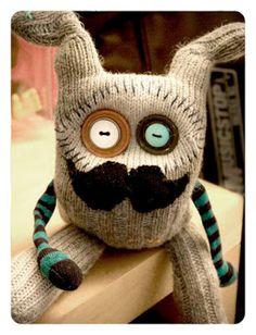 RAWR Creatures: MEET SOME CREATURES Sock Monster, Monster Dolls, Ugly Dolls, Sock Toys, Sock Crafts, Needle Felting Tutorials, Fabric Dolls, Rag Dolls, Sock Animals