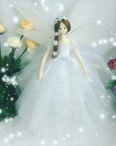 1 million+ Stunning Free Images to Use Anywhere Fairy Crafts, Doll Crafts, Tiny Dolls, Soft Dolls, Christmas Fairy, Christmas Crafts, Christmas Shadow Boxes, Wedding Doll, Felt Fairy