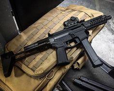 Zombie Weapons, Steampunk Weapons, Weapons Guns, Guns And Ammo, Assault Weapon, Assault Rifle, Firearms, Shotguns, Ar Pistol