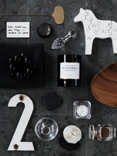 Still lifes x4 | Anna gillar. I would love to try a styling shot from above. This gives me ideas. bywstudent