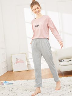 To find out about the Letter Print Pajama Set at SHEIN, part of our latest Pajama Sets ready to shop online today! Loungewear Outfits, Pajama Outfits, Casual Outfits, Fashion Outfits, Night Suit For Girl, Pajama Day, Girls Pajamas, Mode Hijab, Fashion News