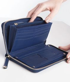 Continental Sidekick from BEVÉE. Light gold zipper and puller popper for closings. Additional compartments for smart phones, lip gloss and other essentials. Large Wallet, Zip Wallet, Zip Around Wallet, Clutch Wallet, Leather Wallet, Leather Bag, Hip Bag, Leather Projects, Bag Organization