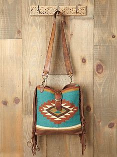McFadin blanket bag - thanks to @Jen Menchaca I'm now obsessed with these bags (made in Texas from leather & blankets)