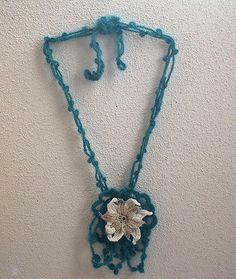 BLUE HANDMADE CROCHET NECKLACE WITH WHITE CROCHET FLOWER