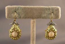Lovely 18K Gold Angelskin Coral & Diamond Pierced náušnice
