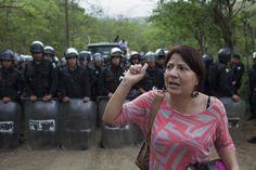 Guatemala : victoire de communautés contre une entreprise minière - août 2015 (Yolanda Oquelí, leader de la lutte, victime d'une tentative de meurtre pour laquelle personne n'a été poursuivi)