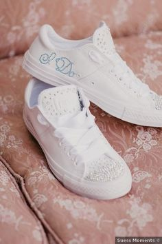 Wedding shoes ideas - comfortable, sneakers, vans, nikes, custom, personalized, white {Suess Moments}