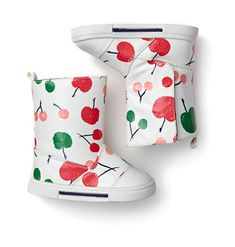 Joe Fresh Baby Girl's Rainboot - how cute are these? Little Doll, My Little Girl, My Baby Girl, Little Princess, Baby Girls, Toddler Girls, Baby Baby, Chloe, Outfits Niños