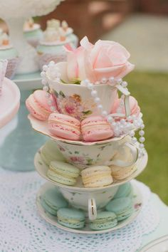 Who doesn't love a good vintage tea party, right? This theme is so versatile and can be used for a little girl's birthday like in this party or for a bridal shower or a baby shower! This pretty Mint and Pink Vintage Tea Party by Over The Moon Events is t Girls Tea Party, Tea Party Theme, Tea Party Birthday, Cake Birthday, Princess Tea Party Food, Tea Party Cakes, Tea Party Foods, Birthday Breakfast, Tea Party Desserts