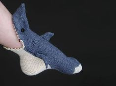Shark Socks really, really make me want to learn to knit!