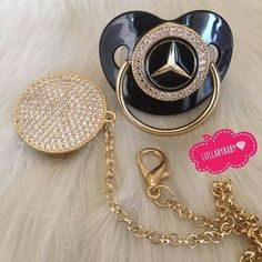 Gucci Baby Clothes, Baby Kids Clothes, Baby Sucker, Baby Chanel, Dear Daughter, Baby Bling, Baby Necessities, Baby Bottles, Baby Accessories