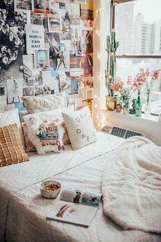 We Heart It - Inspiring images - #bedroomgoals Cute Teen Bedrooms, Cute Dorm Rooms, Awesome Bedrooms, Girls Bedroom, Teen Rooms, Trendy Bedroom, Dream Bedroom, Cozy Living Rooms, Living Room Decor