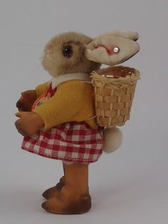 RARE STEIFF *EASTER BUNNY BIBIE* WITH BUTTON + CHEST TAG VINTAGE GERMAN