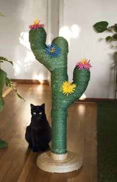 Saguaro Cactus Scratching Post for Cats — Fairytale Slavery Ikea Cat, Diy Cat Scratching Post, Cat Tree Plans, Cactus Cat, Cat Tree House, Diy Cat Tree, Video Chat, Adventure Cat, Photo Chat