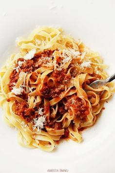 Tagliatelle al rag bolognese I Love Food, Good Food, Yummy Food, La Trattoria, Pasta Recipes, Cooking Recipes, Pasta Dishes, Italian Recipes, Great Recipes