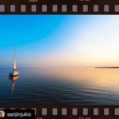 #Repost @sanjinjukic with @repostapp. ・・・ Sunset #barcheavela #boat #boats #sea #sail #sailing #sailingboat #maxprop #max_prop #maxprops #mare #vela #velas #velisti #sunset #reflection #riflesso #prop #propeller