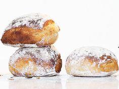 Honungsfrallor Bread Bun, Bread Cake, Savoury Baking, Bread Baking, Raw Food Recipes, Baking Recipes, Artisan Bread Recipes, Homemade Dinner Rolls, Sandwiches