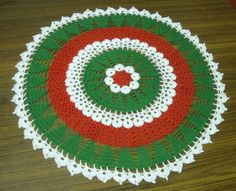 Free Crochet Patterns: Christmas Tree Doily Pattern (same as white pine) Crochet Christmas Trees, Christmas Crochet Patterns, Holiday Crochet, Crochet Snowflakes, Free Crochet Doily Patterns, Crochet Placemats, Crochet Dollies, Crochet Gifts, Crochet Cross