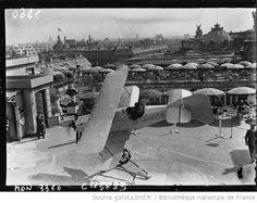 Ecole d'aviation aux Galeries Lafayette, 1932