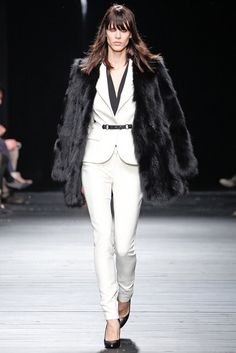 Iceberg | Fall 2012 Ready-to-Wear Collection | Vogue Runway