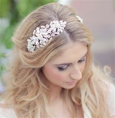 Corrine Smith double headdress