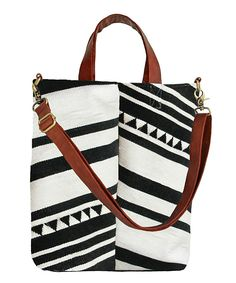 Such a great bag. I like bags way to much!