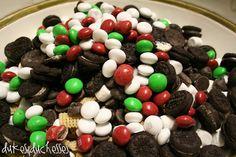 Simple Neighbor Christmas Treat{Dukes and Duchesses}