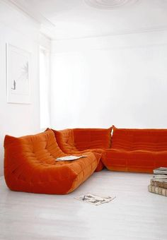 Design Classic: The Togo Sofa By Michel Ducaroy For Ligne Roset – Sofa Design 2020 Furniture Logo, Ikea Furniture, Home Office Furniture, Cool Furniture, Furniture Design, Inexpensive Furniture, Furniture Websites, Furniture Stores, Furniture Buyers