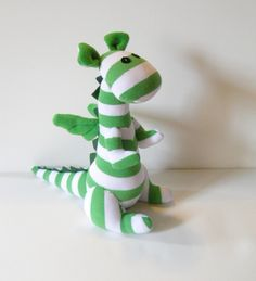 Sock dragon- oh!!!!!!!!!!! so cute!