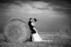 fotografo-matrimonio-santa-maria-di-galeria-balle-di-fieno-bianco-e-nero