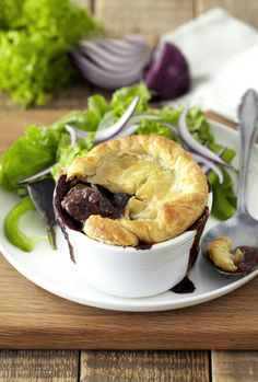Treat the family to this traditional steak and kidney pie served with mashed potatoes and roast vegetables. Steak Recipes, Cooking Recipes, Steak And Kidney Pie, Puff Pastry Sheets, Beef Bourguignon, Sausage Rolls, Slow Cooker Beef, Foods To Eat, Roasted Vegetables