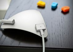 MOS Magnetic Cable Organizer