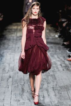 Romantic Oxblood #NinaRicci