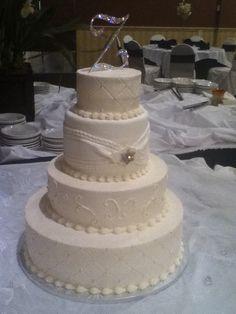 Modern cakes — Round Wedding Cakes