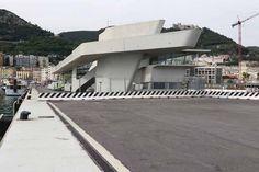 En images: la gare maritime de Salerne, conçue par Zaha Hadid Zaha Hadid, Reportage Photo, Opera House, Images, Building, Contemporary Architecture, Train Station, Italy, House