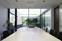 Gallery of Aseptic Office and Lab / AUM architecture - 4