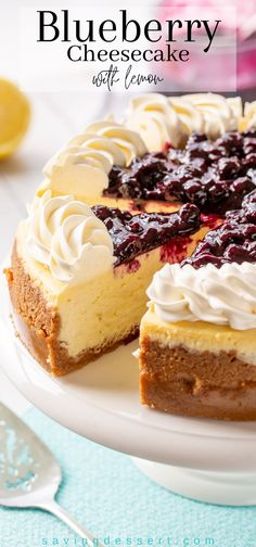 Blueberry Topping For Cheesecake, Cheesecake Toppings, Blueberry Desserts, Cheesecake Recipes, Blueberry Sauce, Best Dessert Recipes, No Bake Desserts, Just Desserts, Sweet Recipes