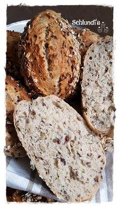 Jubiläumsbrötchen – Schlundis Bread Bun, Pan Bread, Bread Rolls, Bread Baking, Pizza Roll Up, Pampered Chef, Freshly Baked, Bread Recipes, Food And Drink