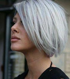 48 inspirations et idées de coiffure pour cheveux gris Thick Short Hair Cuts, Short Hairstyles For Thick Hair, Cut Hairstyles, Short Pixie, Pixie Cut, Thick Haircuts, Pixie Haircuts, Hairstyle Ideas, Wavy Hair