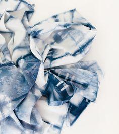 {lbg studio}: shibori fabric dyeing + pouch | kollabora + jo-ann tutorials