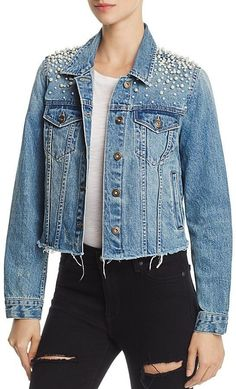46 Perfect Spring Denim Jacket Outfit Ideas - All About Demin Jacket, Cropped Denim Jacket, Ripped Denim, Embroidered Denim Jacket, Beaded Jacket, Mode Jeans, Denim Ideas, Denim Outfit, Denim Fashion